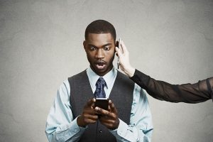 how mobile phone affects credit score