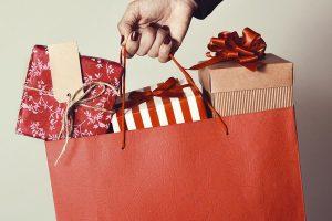 Christmas spending habit impacting credit score